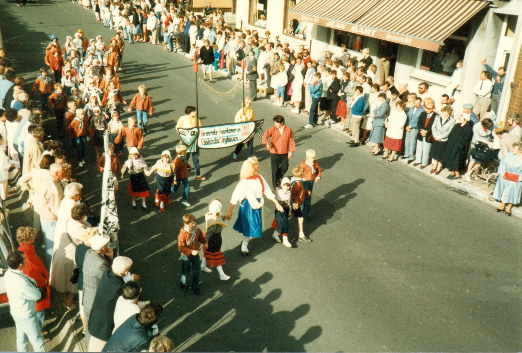 Beeld van de stoet in 1985